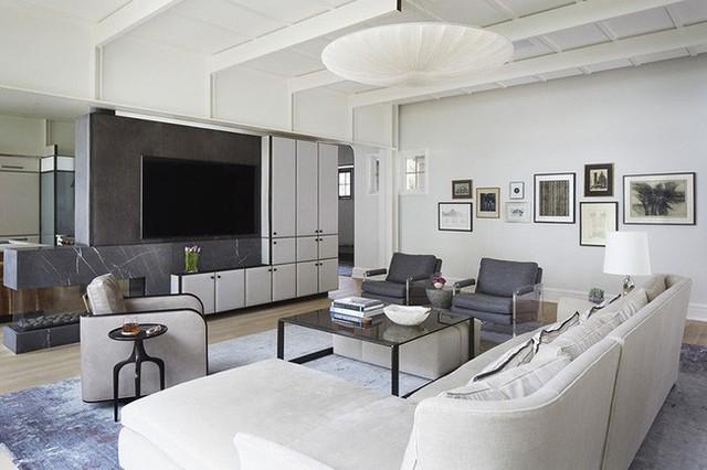 Mẫu đèn thả trần cần có kích thước vừa đủ để mang lại cảm giác cân đối với không gian căn phòng sử dụng.