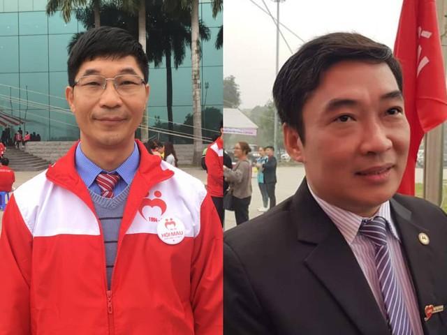 TS Trần Ngọc Quế (trái) và anh Nguyễn Đức Thuận - hai trong số ít những người đầu tiên tham gia Hội Thanh niên vận động hiến máu Hà Nội. Ảnh: Minh Trang