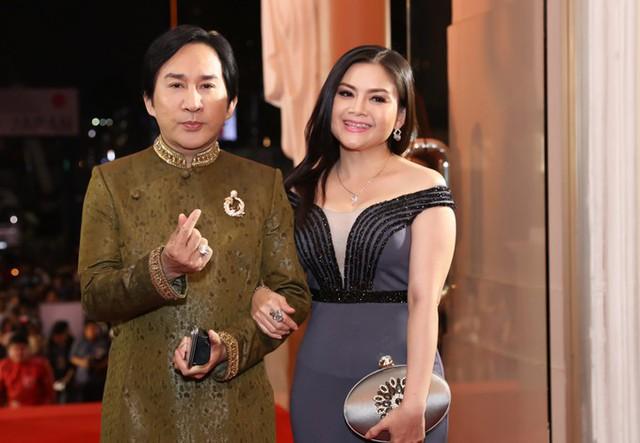 Vợ chồng Kim Tử Long - Trinh Trinh.