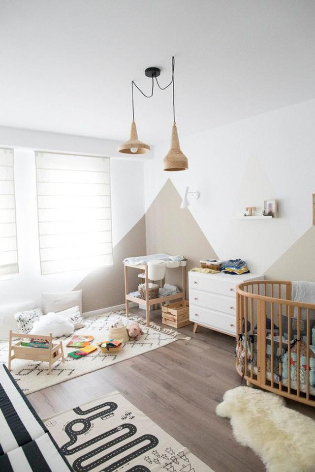 Sơn tường sáng màu và chất liệu gỗ tự nhiên là những yếu tố không thể thiếu làm nên phong cách nội thất Scandinavian.