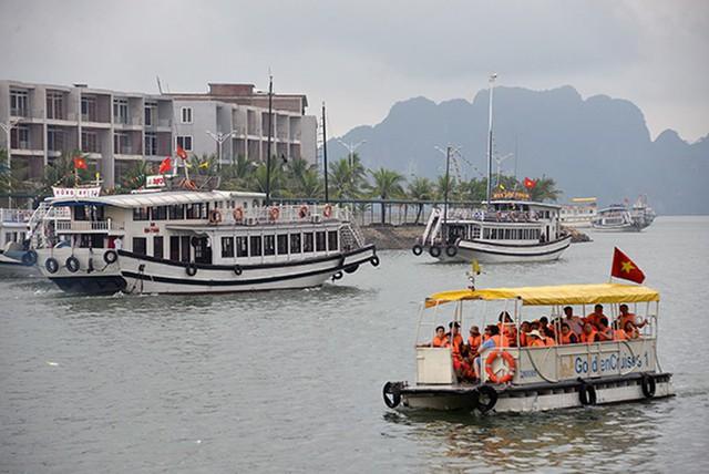 Hải Phòng, Quảng Ninh mở cửa biển trở lại - Ảnh 1.