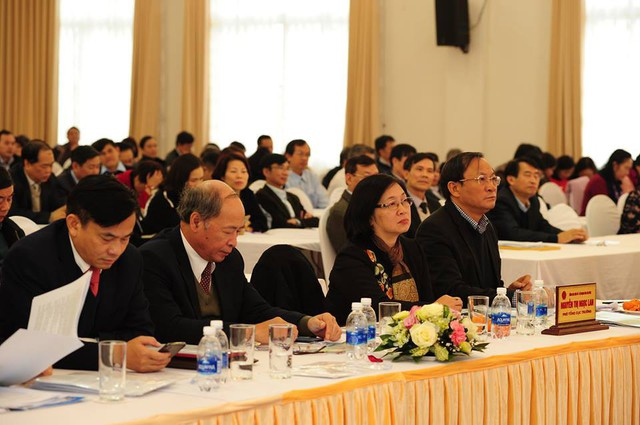 Nhiều lãnh đạo các vụ, đơn vị của Bộ Y tế, Tổng cục DS-KHHGĐ và đại diện các địa phương tham dự tại Hội nghị. Ảnh: Chí Cường