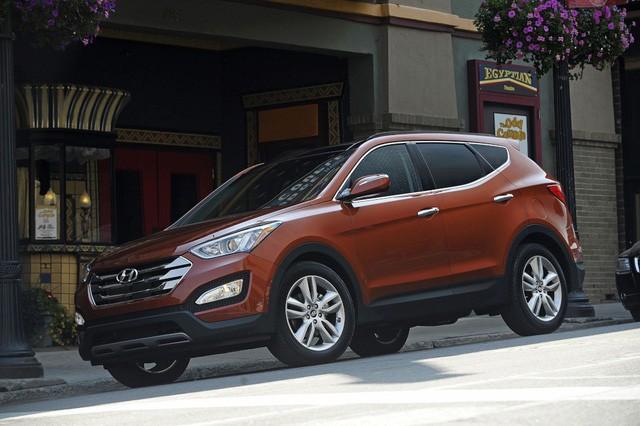 Mẫu Santa Fe Sport nằm trong đợt triệu hồi mới nhất của Hyundai