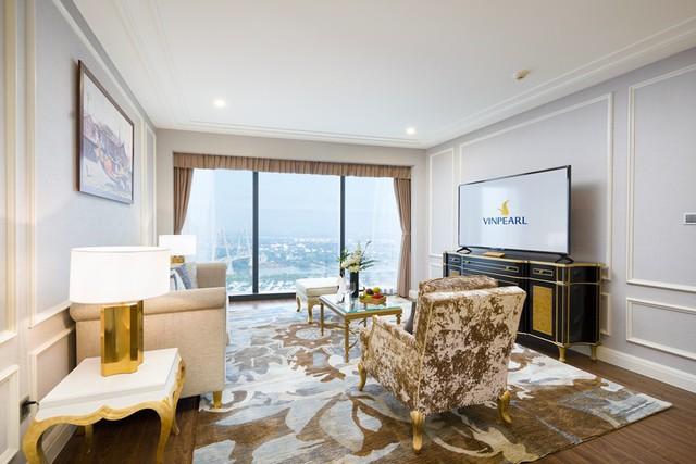 phong-khach-executive-suite-panoramic-15478955061461026674764.jpg