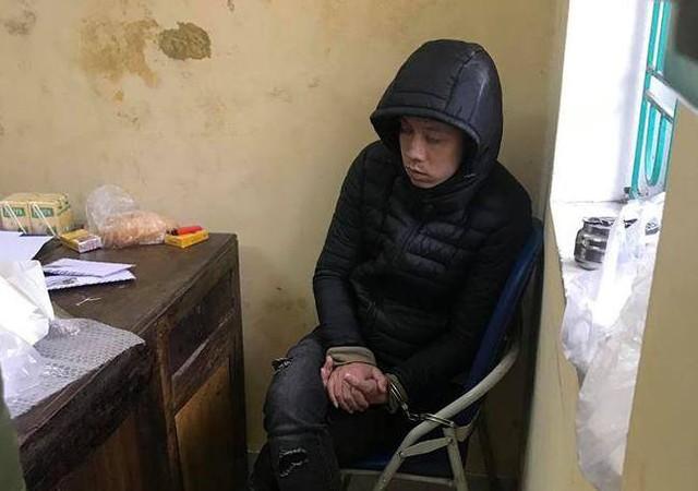 Tài xế Lương Văn Tâm tại cơ quan Công an huyện Kim Thành