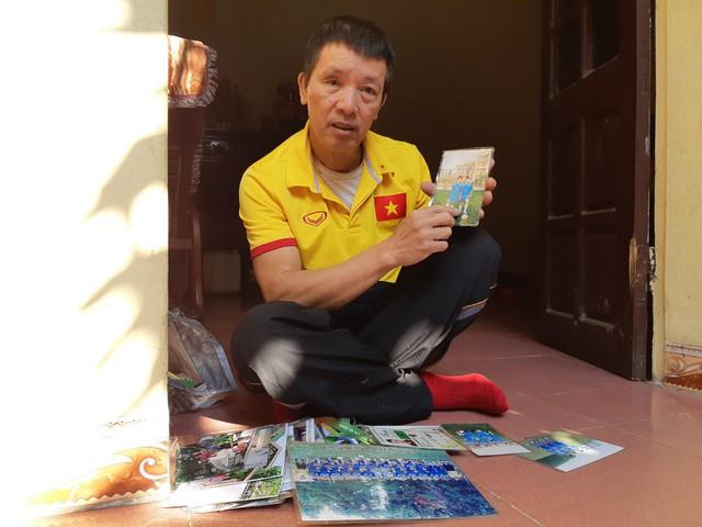 Ông Huy Thành, bố cầu thủ Huy Hùng luôn tự hào về con trai.