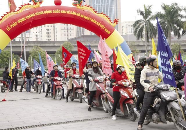 Lễ phát động tháng Hành động quốc gia về dân số và chào mừng Ngày dân số Việt Nam 26/12Ảnh: Chí Cường