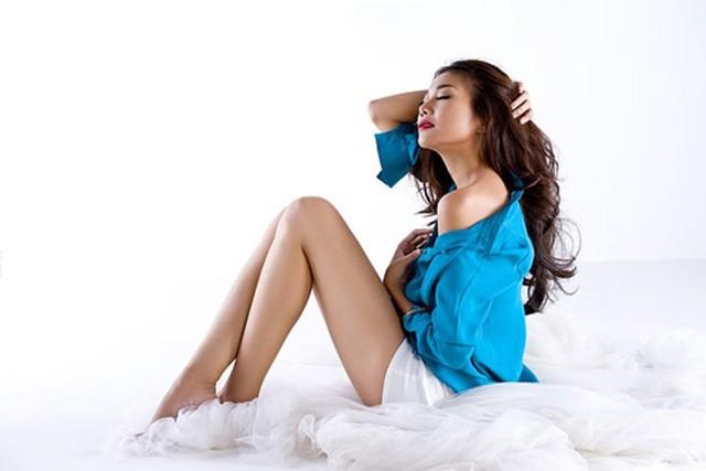 Là người mẫu chuyên nghiệp, sự quyến rũ của Thanh Hằng được cô thể hiện mọi lúc mọi nơi
