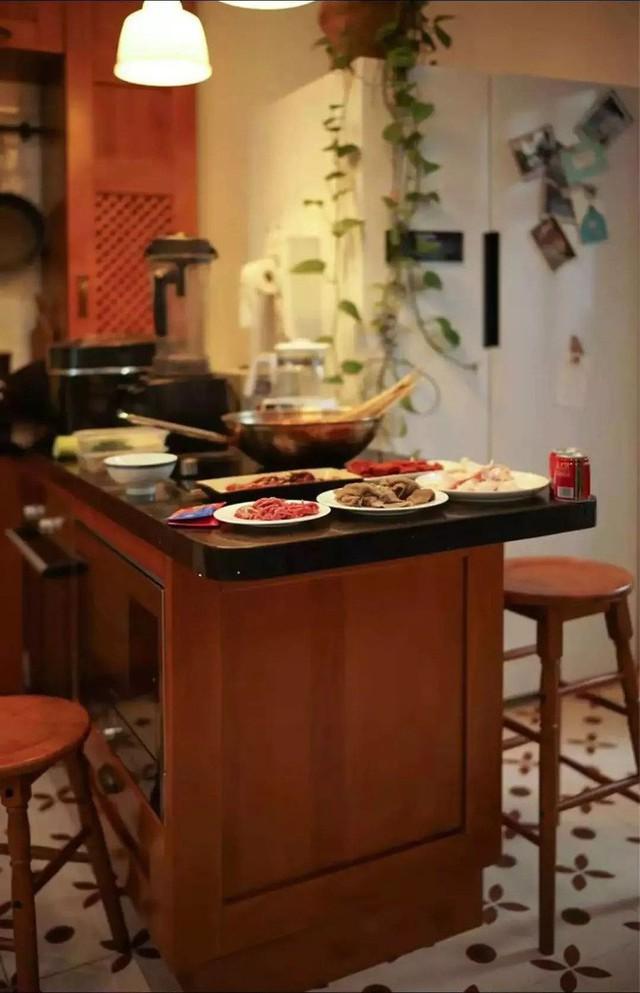 Đảo bếp tăng chức năng cho cuộc sống sinh hoạt thường ngày.