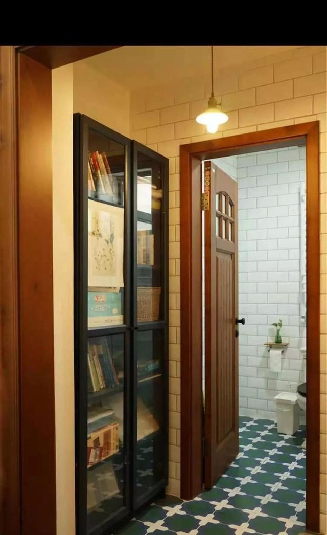 Lối đi vào phòng tắm.