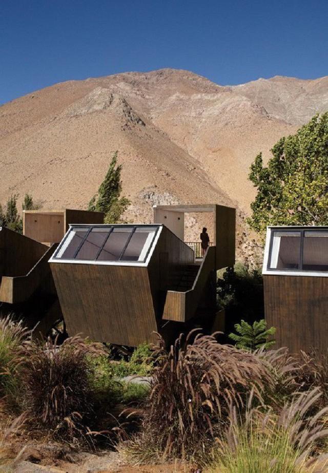 4. Ngôi nhà thiên văn của kiến trúc sư Elqui Domos kết hợp cùng Duque Motta & AA mang tới cái nhìn độc lạ cho vùng núi hẻo lánh này.