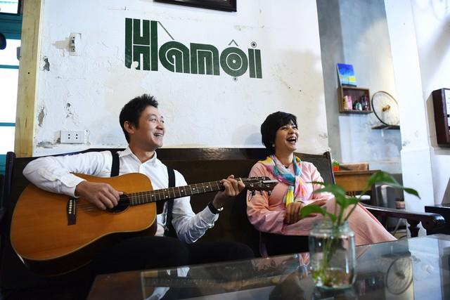 Cặp MC đình một thời của MTV bài hát yêu thích: Diễm Quỳnh , Anh Tuấn có dịp tái ngộ trong chương trình âm nhạc mang tên Quán thanh xuân.