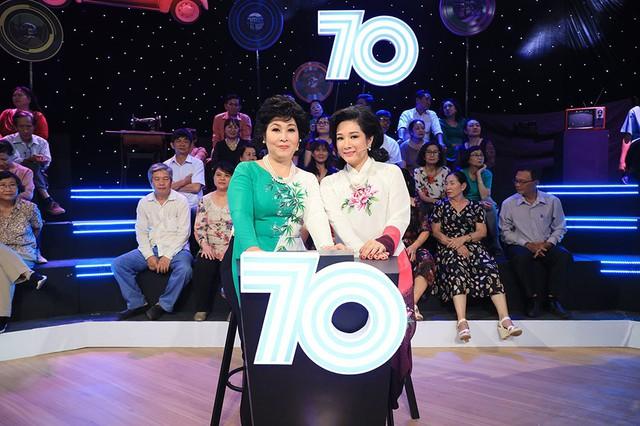 Phần thử thách của đội thập niên 1970 của Hồng Vân và Thanh Thanh Hiền là sự xuất hiện trực tiếp của NSND Thu Hiền. Nữ nghệ sĩ nhanh chóng mang đến bài hát Chân quê dành tặng cho chương trình. Dù ở tuổi 66 nhưng NSND Thu Hiền vẫn giữ sự nhiệt huyết và tình yêu âm nhạc.