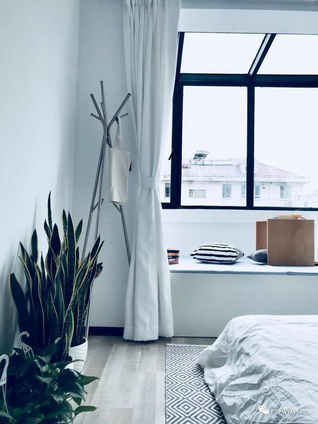 Chiếc giường nhỏ đủ để mọi người hàn huyên, chuyện trò, nghỉ ngơi thư giãn.