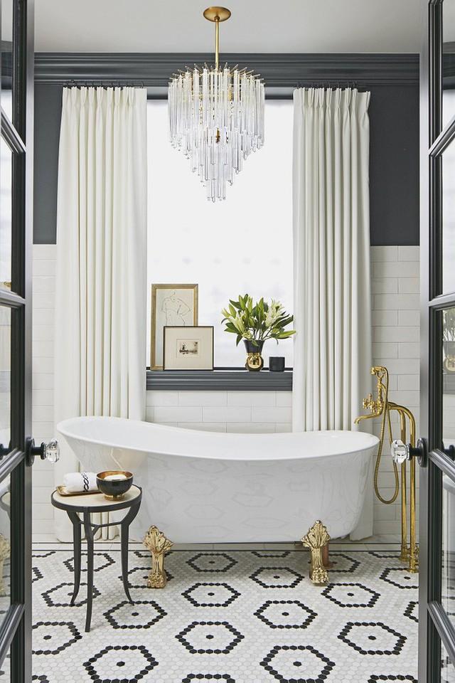 Ban đã thấy thích thú với mẫu bồn tắm này chưa, nó vừa sang chảnh lại fashion thế này cơ mà.
