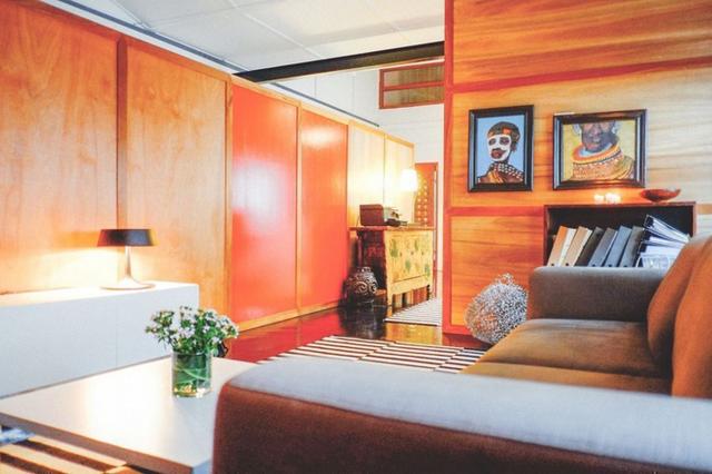 Tổng diện tích sử dụng của ngôi nhà khoảng 510 m2, tọa tại Everton Road (Singapore). Thời gian cải tạo: 1 tháng, với chi phí: 65.000 SGD.