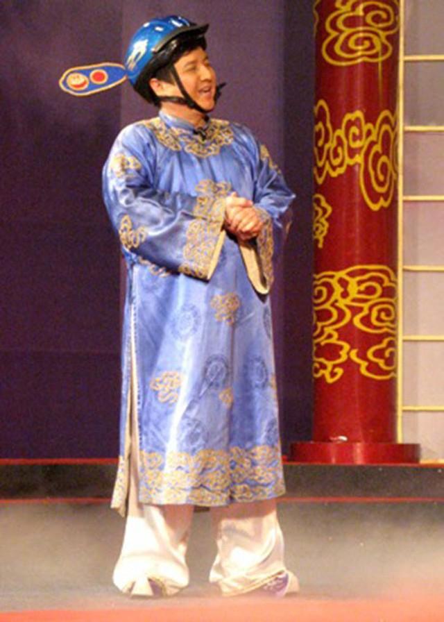 Sau 2 năm không đóng Giao thông, năm 2008, Chí Trung quay lại với hình ảnh này và giữ luôn cho đến năm 2013