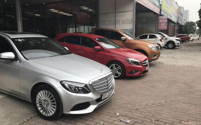 Nhiều chiếc xe cũ đang đắt hơn xe mới nên bán không nổi (ảnh minh họa)
