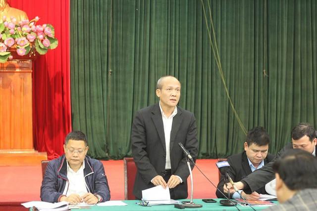 Ông Ngô Mạnh Tuấn (Phó Giám đốc Sở GTVT Hà Nội) trả lời báo chí chiều 8/1.
