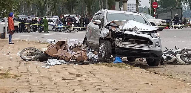 Vụ tai nạn dồn toa làm 2 người chết ở Hà Đông.