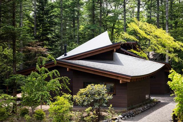 Cách Tokyo khoảng 150 km, biệt thự là nơi nghỉ dưỡng cho chủ nhà và bạn bè vào các dịp cuối tuần.