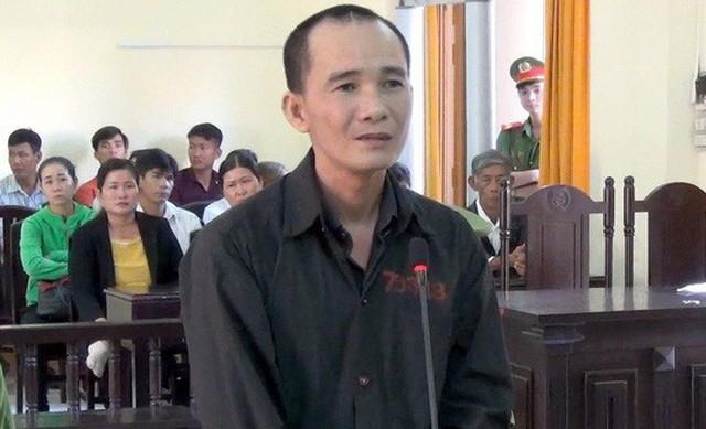 Bị cáo Vân tỏ ra ăn năn hối hận vì đã không kiềm chế cơn tức giận nên đã gây cảnh bi kịch cho bản thân cũng như gia đình bị hại