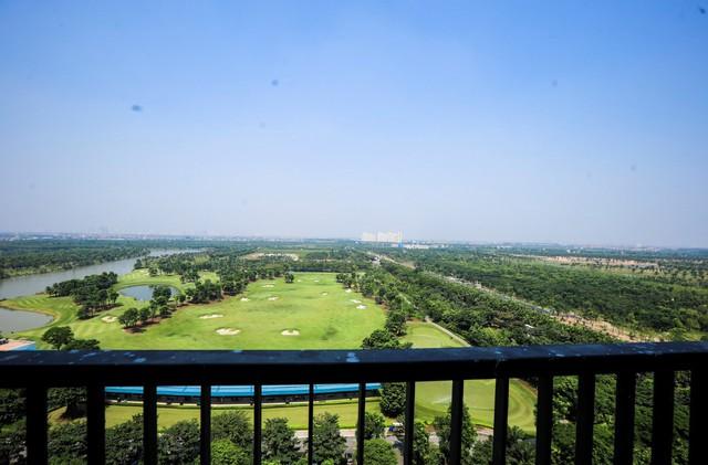 Tầm nhìn cây xanh - mặt hồ tuyệt đẹp của căn hộ Aqua 150