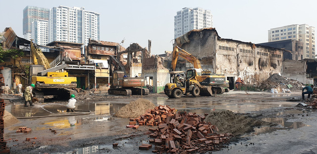 Vì sao người dân sống gần Công ty Rạng Đông vẫn chưa chịu trở về nhà sau vụ cháy kinh hoàng? - Ảnh 1.
