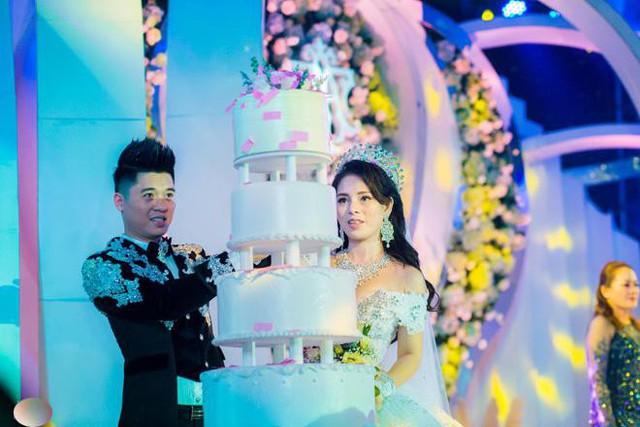 Hé lộ cuộc sống hôn nhân sau những đám cưới xa hoa gây rúng động dư luận - Ảnh 9.