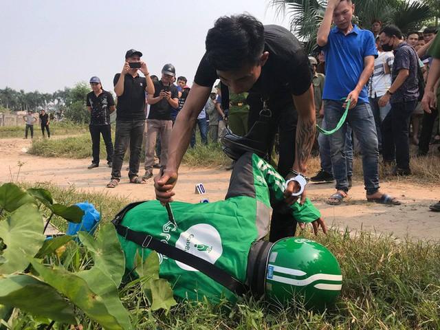 Thực nghiệm hiện trường vụ nam sinh chạy Grab bị sát hại ở Hà Nội - Ảnh 8.