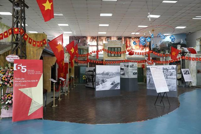 Hà Nội mùa thu 1954 - Ảnh 1.