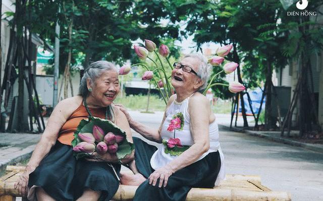 Một trung tâm dưỡng lão ở Hà Nội liều xin Cục Hàng không chiếc máy bay bị bỏ quên 12 năm để hiện thực hoá ước mơ cho các cụ - Ảnh 4.