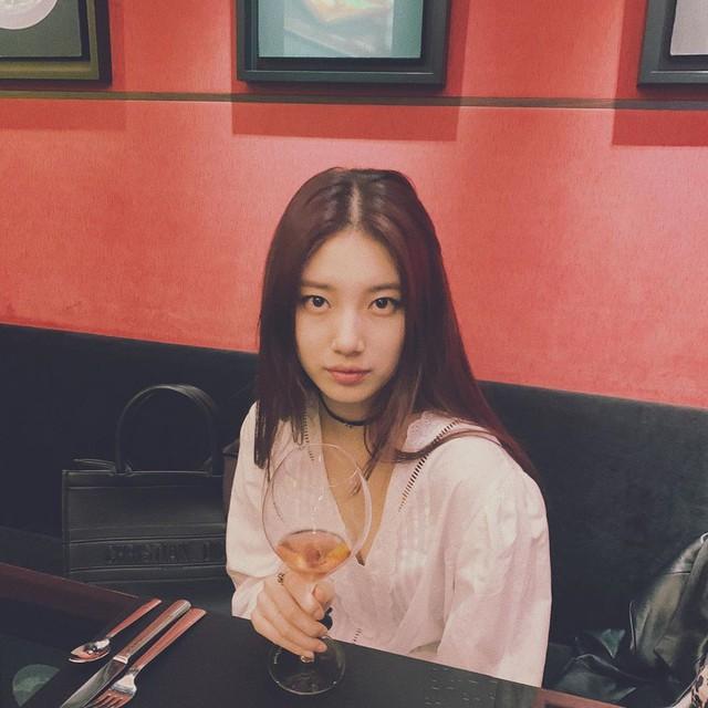 Cần gì giảm cân, Suzy vẫn xinh quá đỗi nhờ khéo lên đồ đơn giản mà nịnh mắt, để nhiều kiểu tóc cực sang - Ảnh 5.