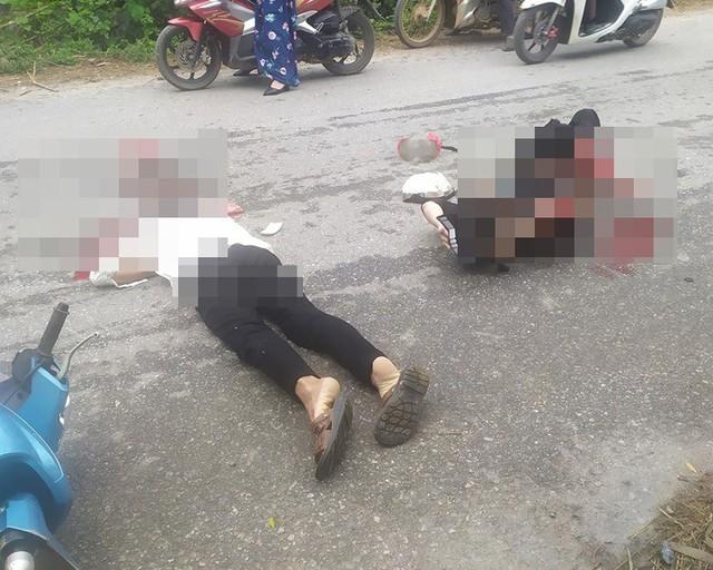 Yên Bái: Tông trúng chó chạy qua đường, hai vợ chồng đi xe máy thương vong - Ảnh 2.