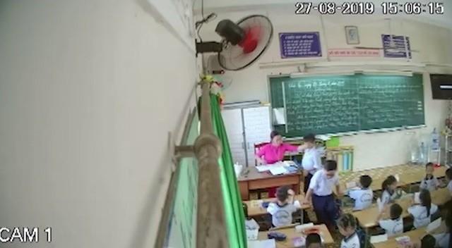 """Phụ huynh có được phép đặt """"camera giấu kín"""" trong lớp học? - Ảnh 1."""