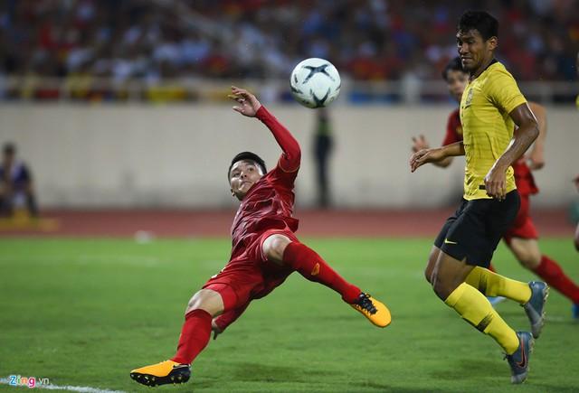 Không phải ăn mừng, đây là hình ảnh đầu tiên của tuyển Việt Nam sau chiến thắng khiến người hâm mộ cảm thương - Ảnh 2.