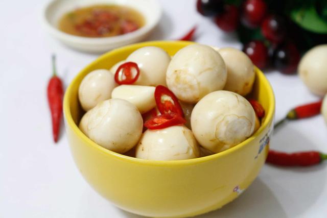 Sở thích ăn uống của các cầu thủ Việt Nam, ngọt ngào nhất là chàng tiền vệ này  - Ảnh 6.