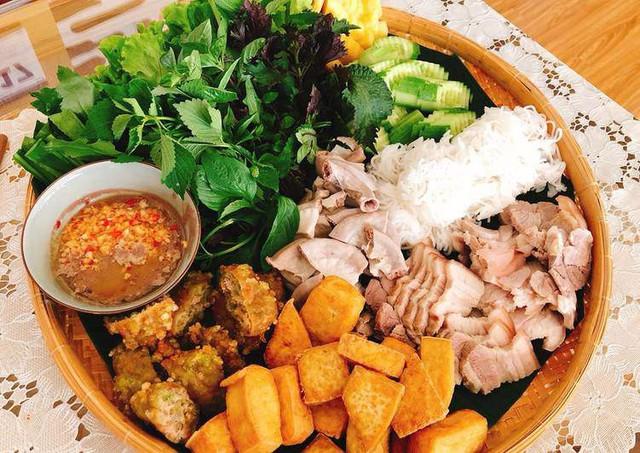 Sở thích ăn uống của các cầu thủ Việt Nam, ngọt ngào nhất là chàng tiền vệ này  - Ảnh 7.