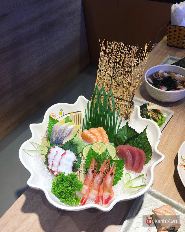 Lá hồi sinh bán đầy chợ Việt 1-2 ngàn/mớ, ở Nhật phải mua ăn từng lá một - Ảnh 3.