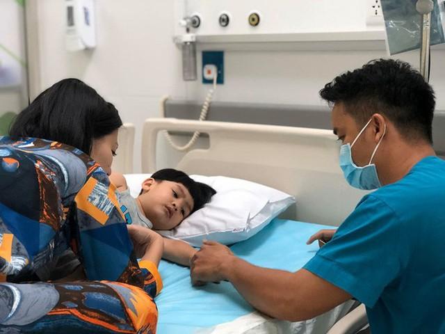 Ngọc Lan chia sẻ tình hình sức khỏe con trai sau quãng thời gian 1 mình chăm con bị sốt cao, co giật - Ảnh 4.
