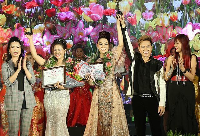 Lâm Khánh Chi thay 3 trang phục trong sự kiện - Ảnh 6.