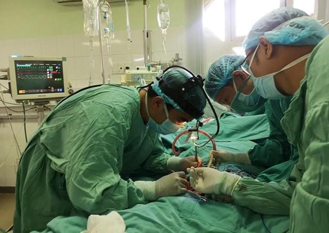 Cứu bệnh nhân mắc bệnh tim mạch hiếm gặp - Ảnh 1.