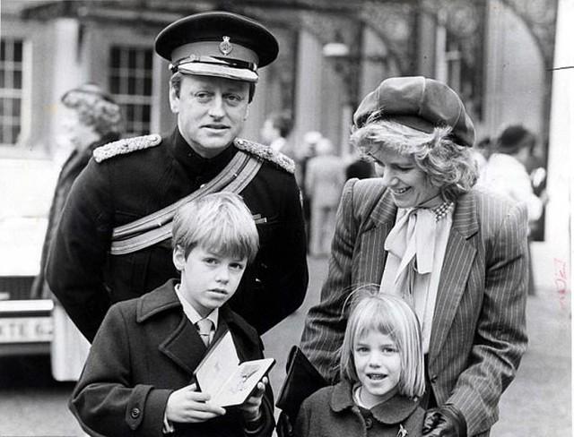 Cuộc hôn nhân đầu 21 năm của bà Camilla, mẹ kế Hoàng tử William - Harry - Ảnh 2.
