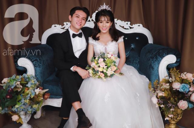 """Cô giáo 31 tuổi đi comment """"dạo"""" đêm Giao Thừa kiếm được bạn trai kém 10 tuổi, xưng hô """"cô - con"""" rồi thành chồng lúc nào chẳng hay - Ảnh 1."""