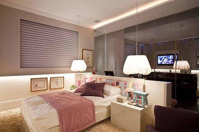 Trái tim lạc nhịp trước căn phòng ngủ mang sắc tím mộng mơ - Ảnh 3.