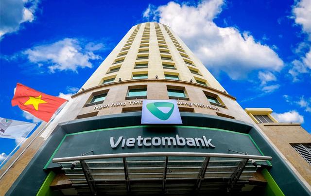 Vietcombank tiếp tục là ngân hàng nộp thuế thu nhập doanh nghiệp lớn nhất Việt Nam - Ảnh 2.