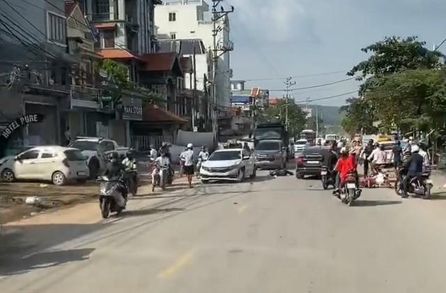 Hải Phòng: Tông trực diện xe ô tô, 2 thanh niên thương vong - Ảnh 1.