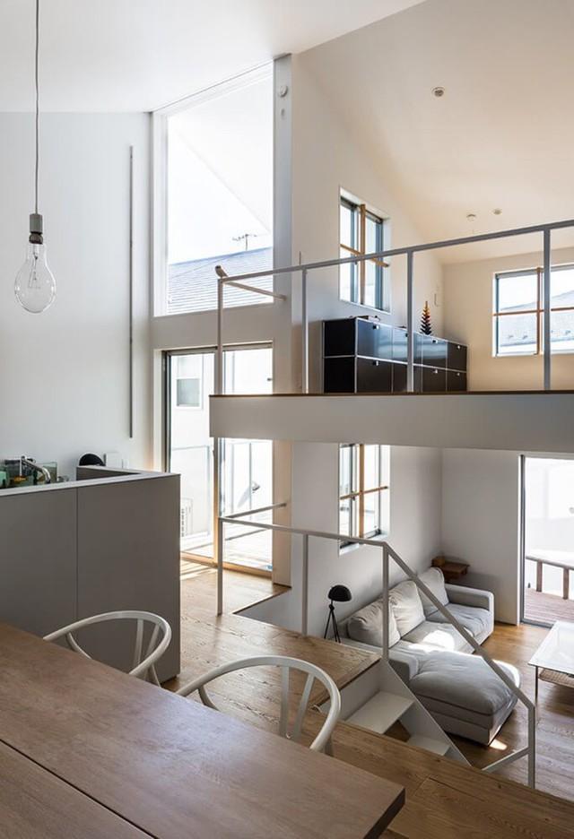 Ngôi nhà có kiến trúc độc đáo gắn liền với thiên nhiên dù vị trí nằm ngay trong phố lớn - Ảnh 16.