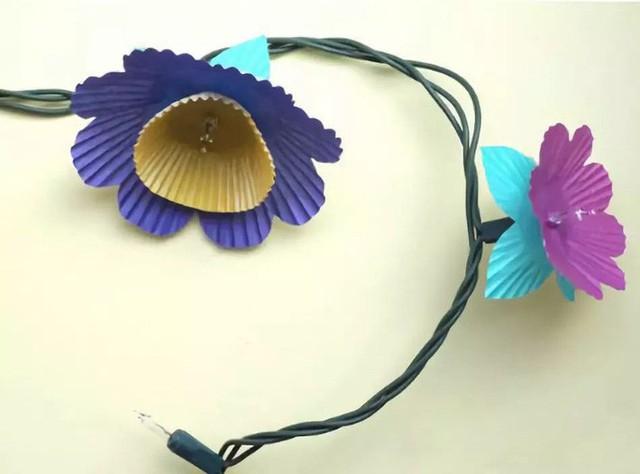 10 ý tưởng biến sợi đèn dây cũ kĩ trở nên rực rỡ, cực đơn giản nhưng khiến không gian lung linh ngoài mong đợi - Ảnh 6.