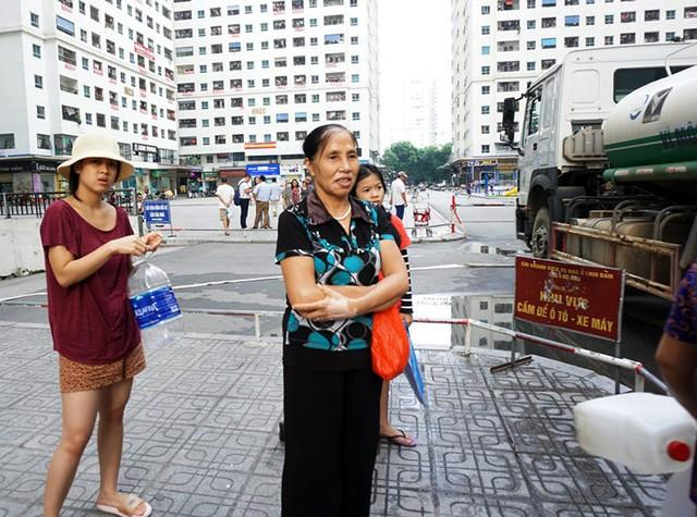 Nước cấp miễn phí cho cư dân HH Linh Đàm bị phản ánh có mùi hôi tanh  - Ảnh 4.